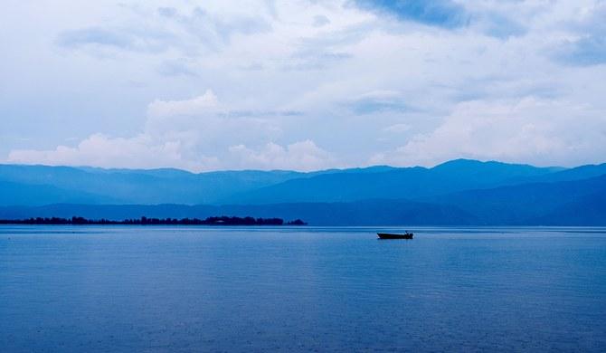 西昌邛海缸窑村观海湾景区入口处