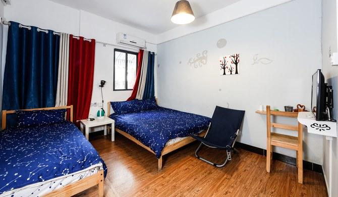 較場尾無事可做海邊民宿家庭雙床房圖片